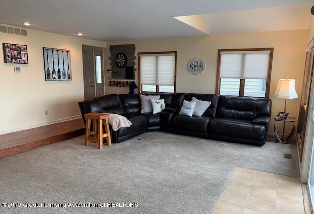 6295 W Reynolds Rd - living room - 4