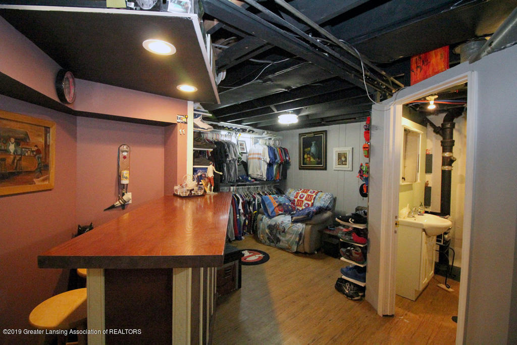 817 N Foster Ave - 13 - 16