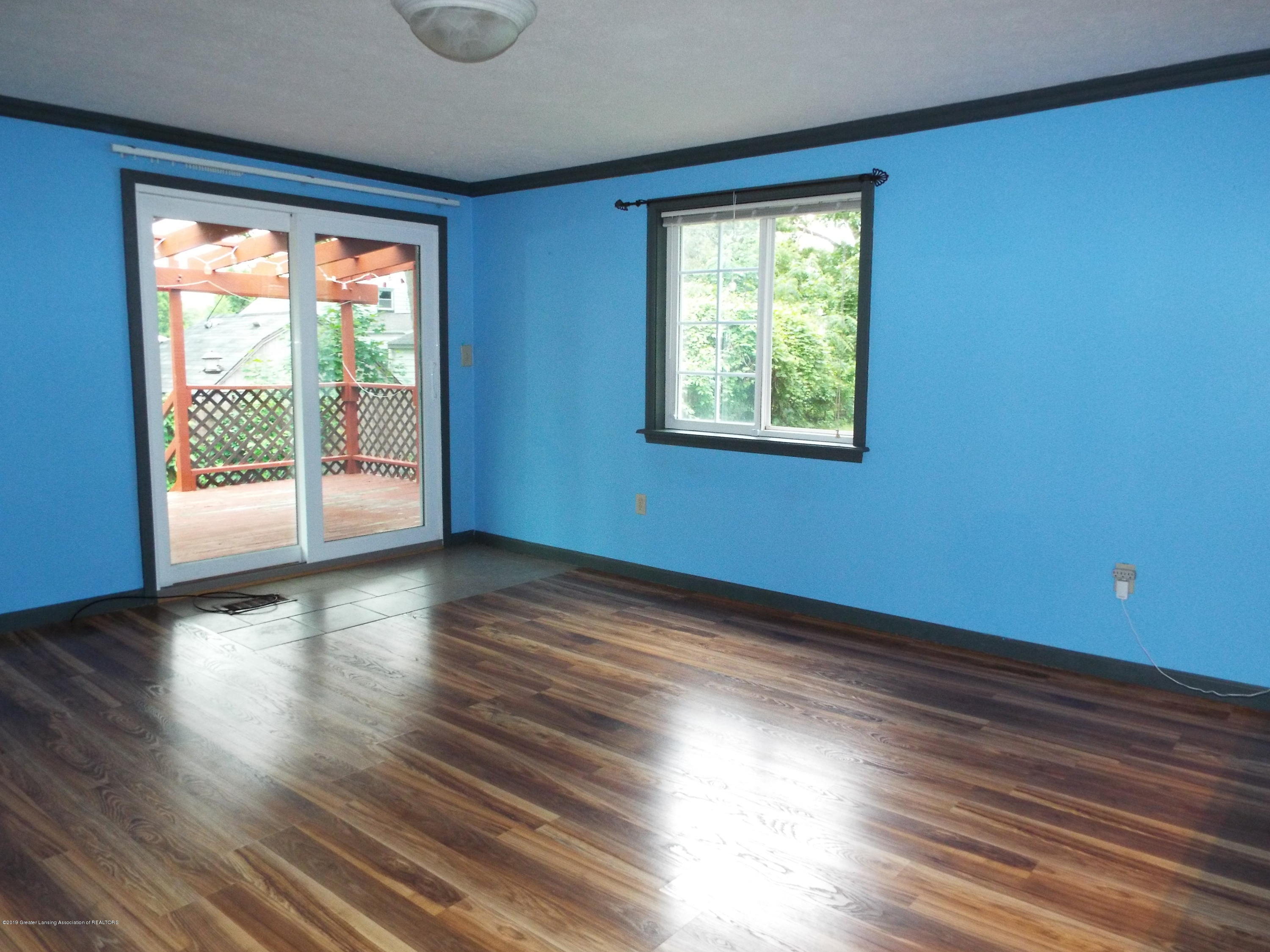 119 Brynford Ave - Dining Area - 10