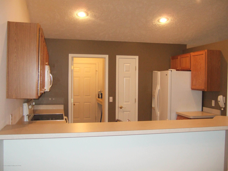 881 Sandview Dr 26 - Kitchen - 5
