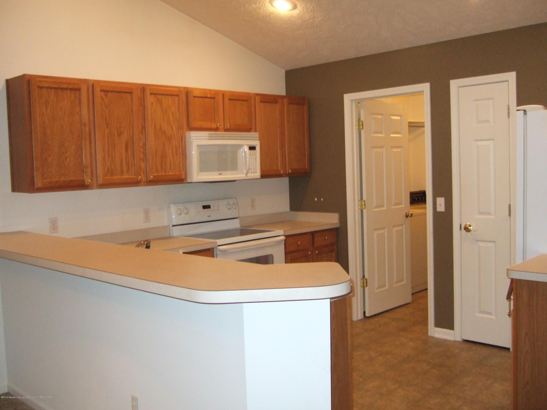 881 Sandview Dr 26 - Kitchen - 6