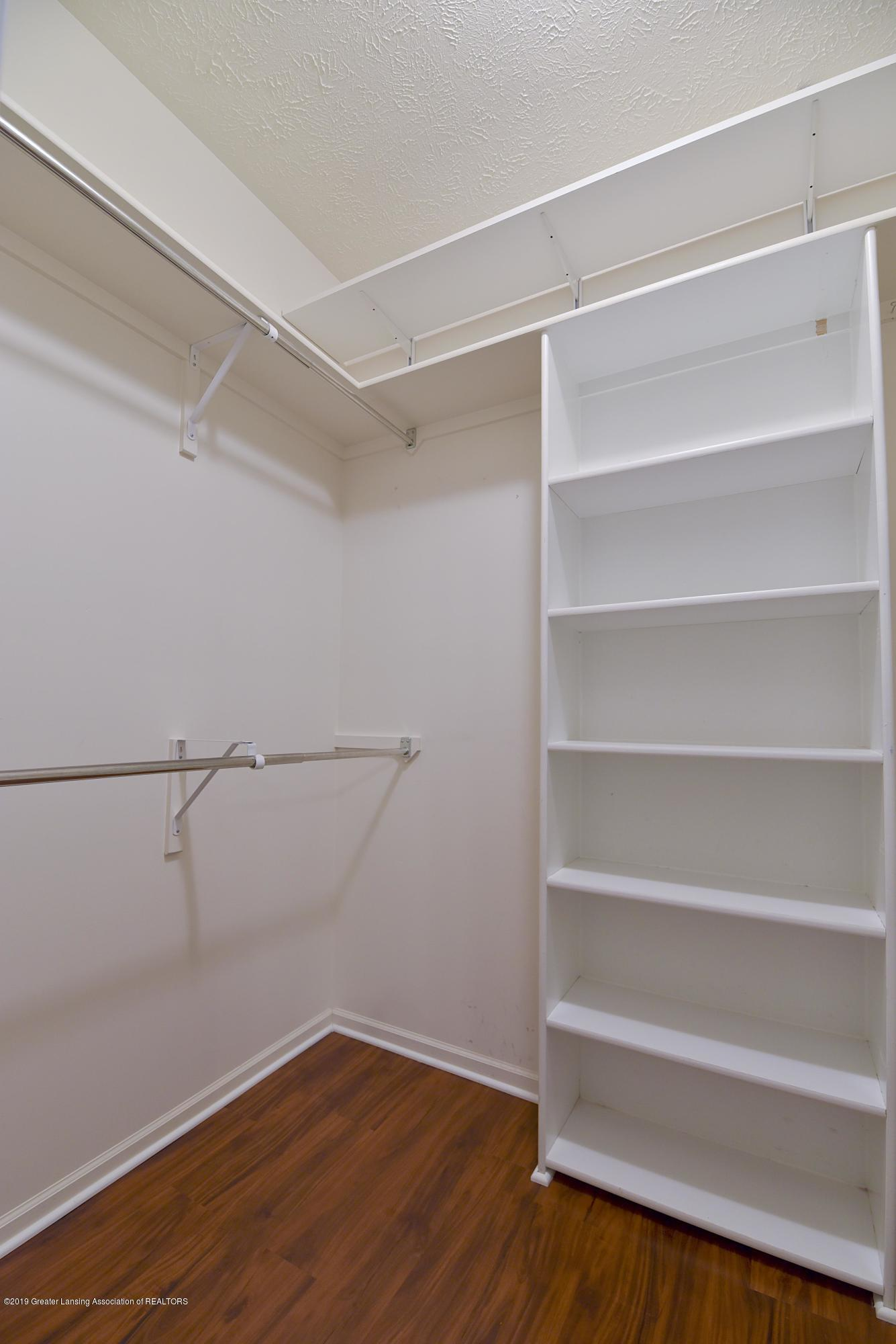 3300 Hollow Spring Dr - Master walk-in closet - 23