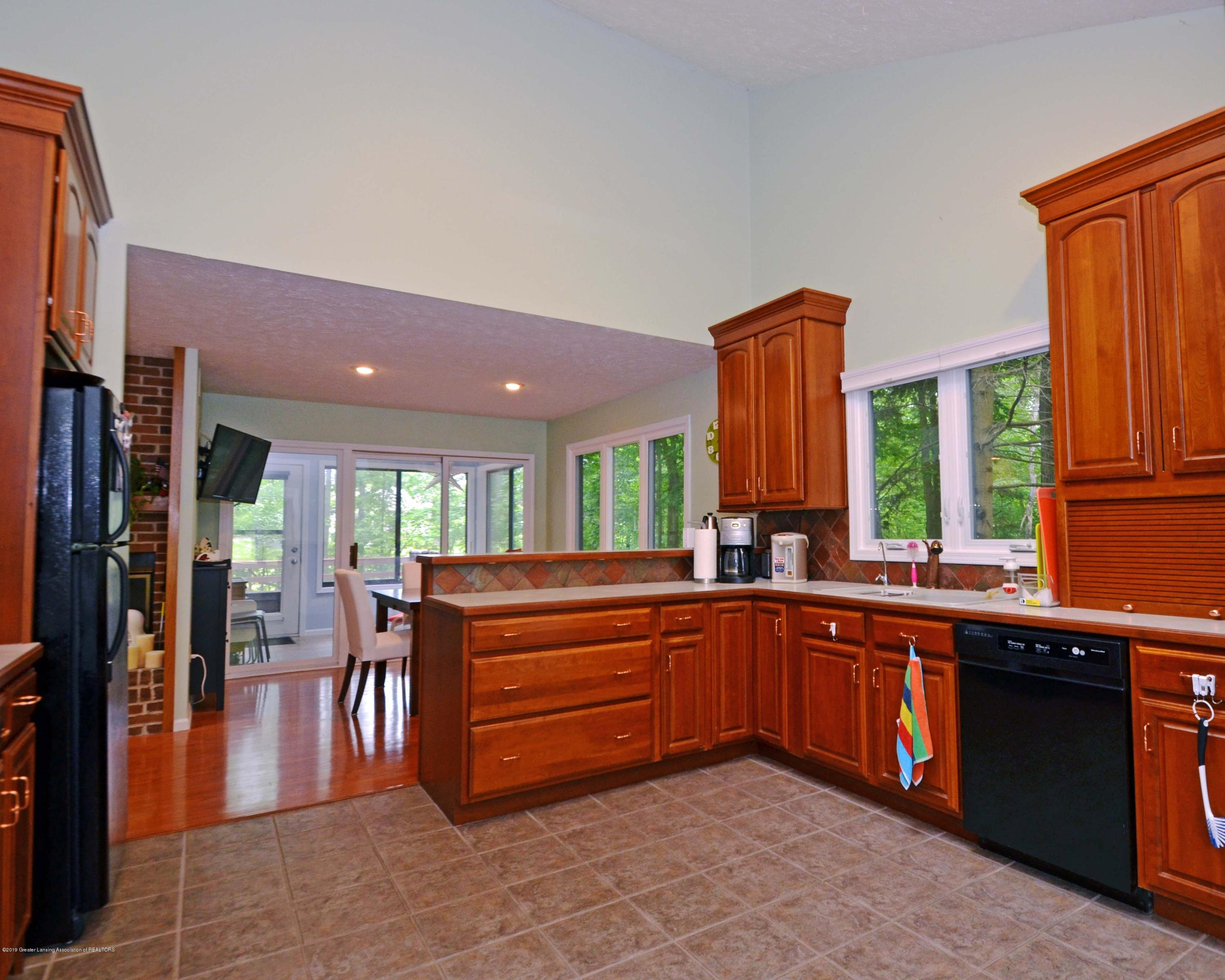 2364 Emerald Forest Cir - Kitchen - 11