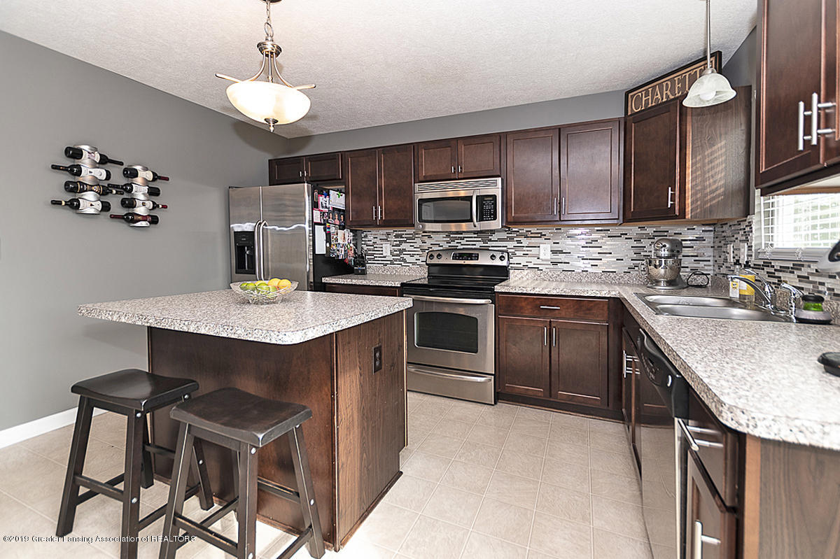 6747 Castleton Dr - Gourmet Kitchen - 6