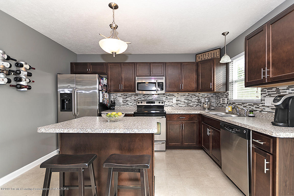 6747 Castleton Dr - Gourmet Kitchen - 8