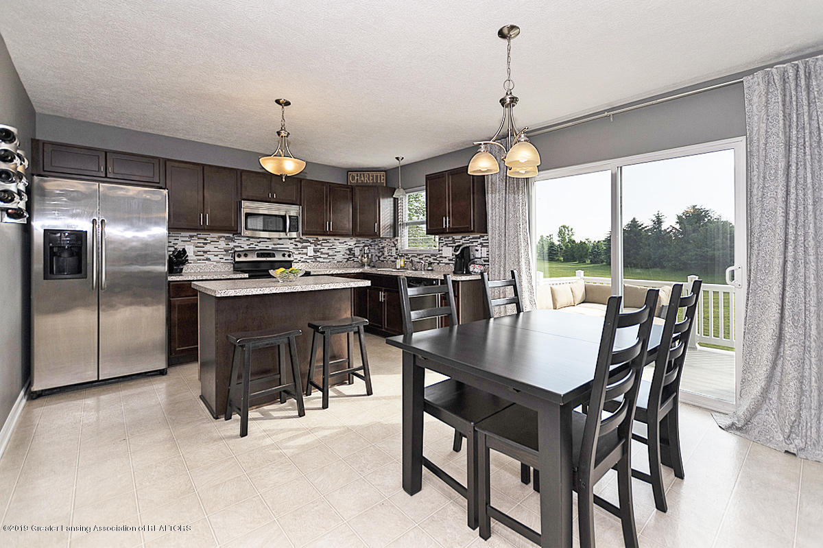 6747 Castleton Dr - Gourmet Kitchen - 9