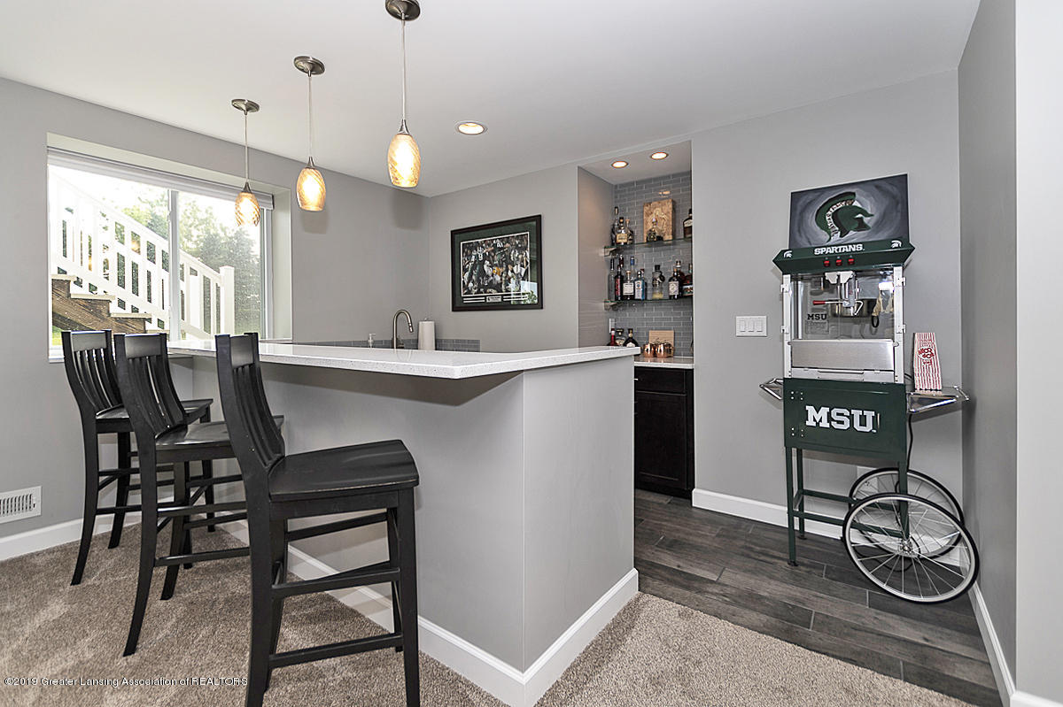 6747 Castleton Dr - Rec Room - Wet Bar - 19