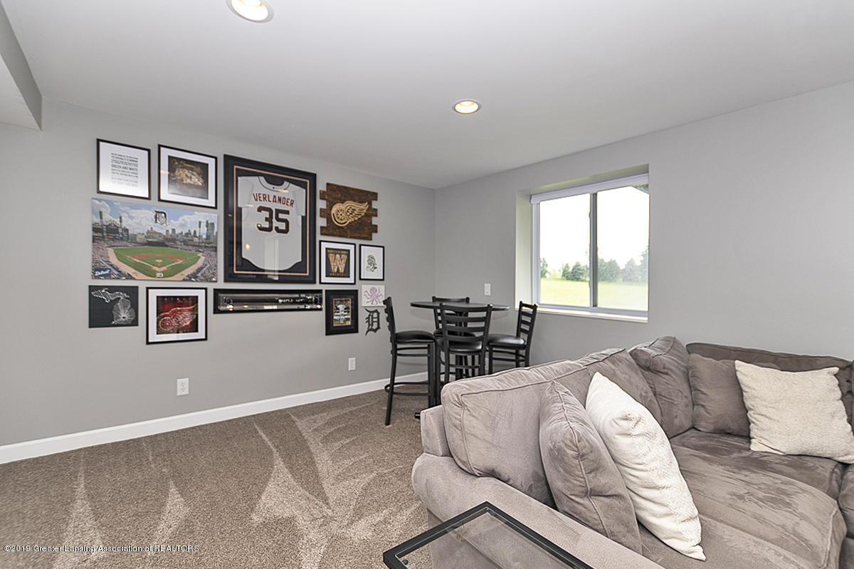 6747 Castleton Dr - Rec Room - 24
