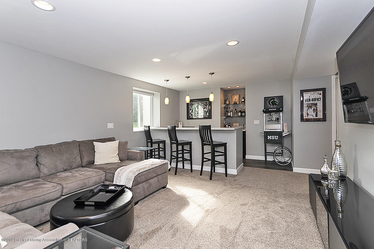 6747 Castleton Dr - Rec Room - 21