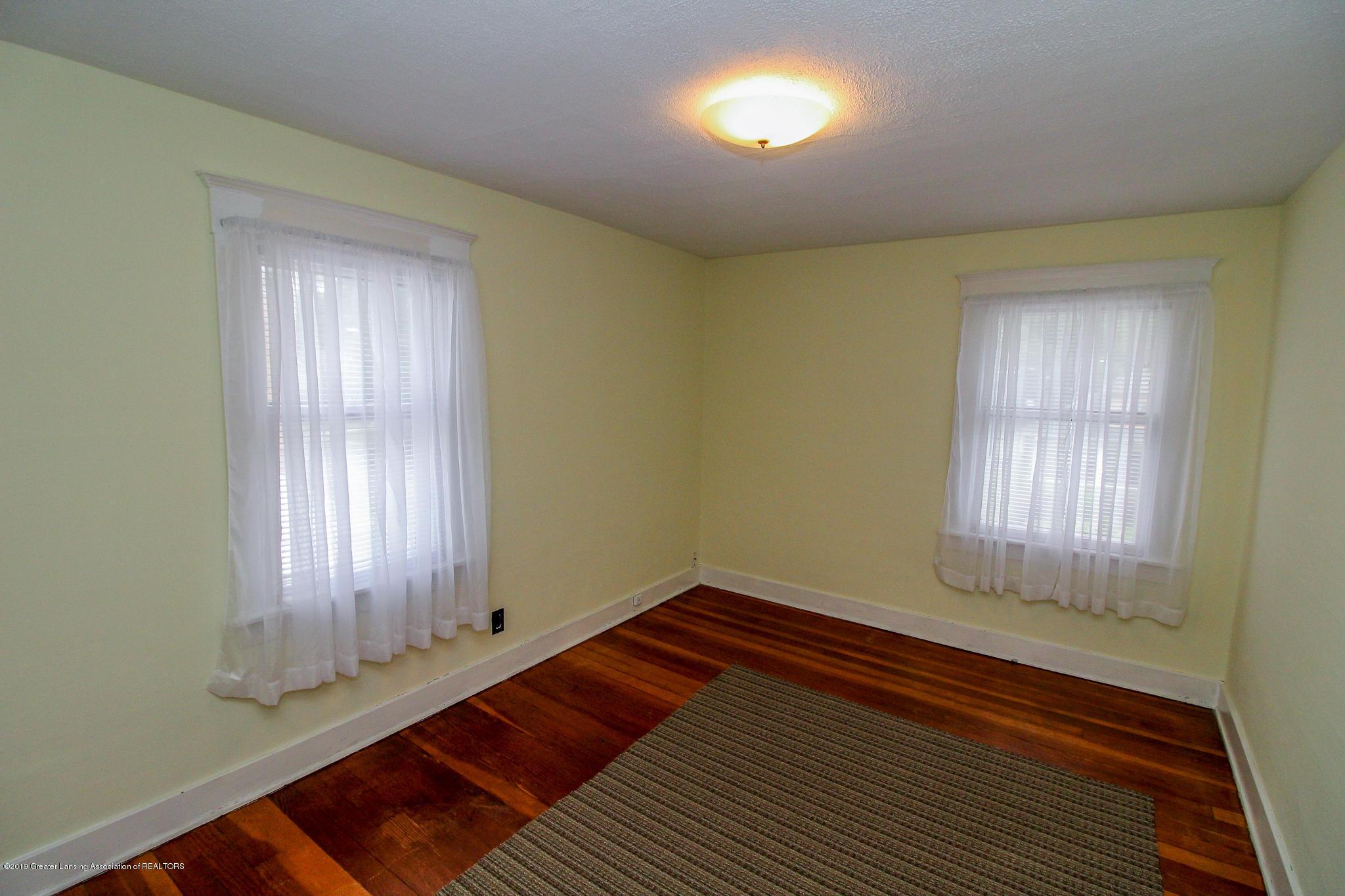 915 Westmoreland Ave - Bedroom - 17