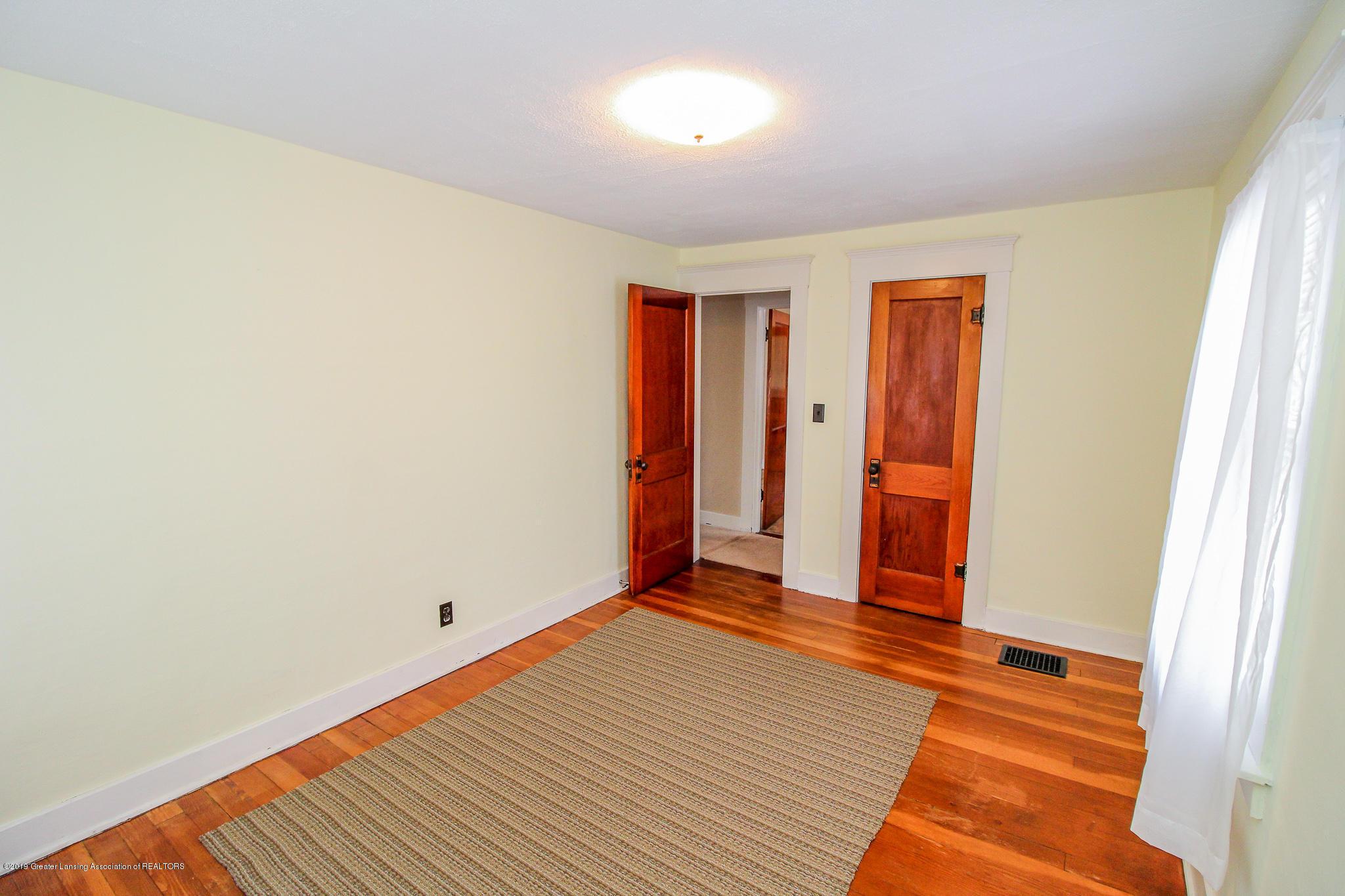915 Westmoreland Ave - Bedroom - 18