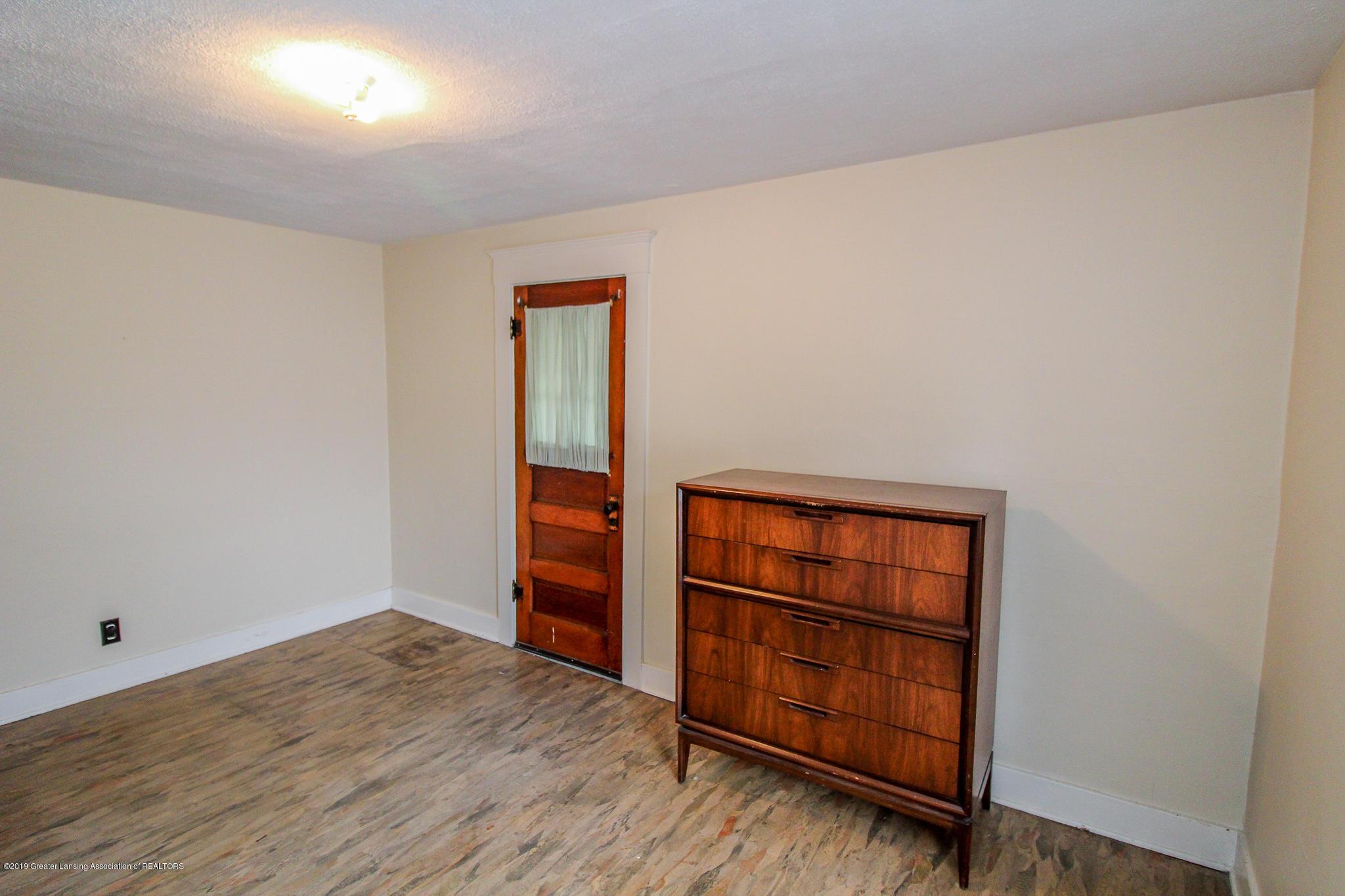 915 Westmoreland Ave - Bedroom - 20