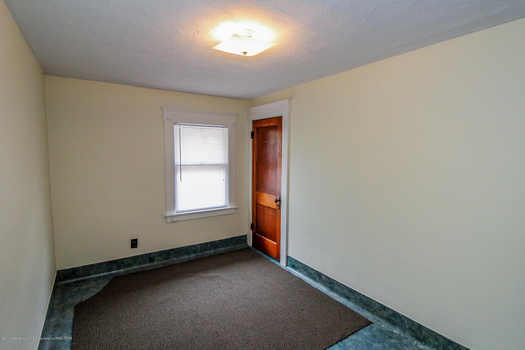 915 Westmoreland Ave - Bedroom - 22