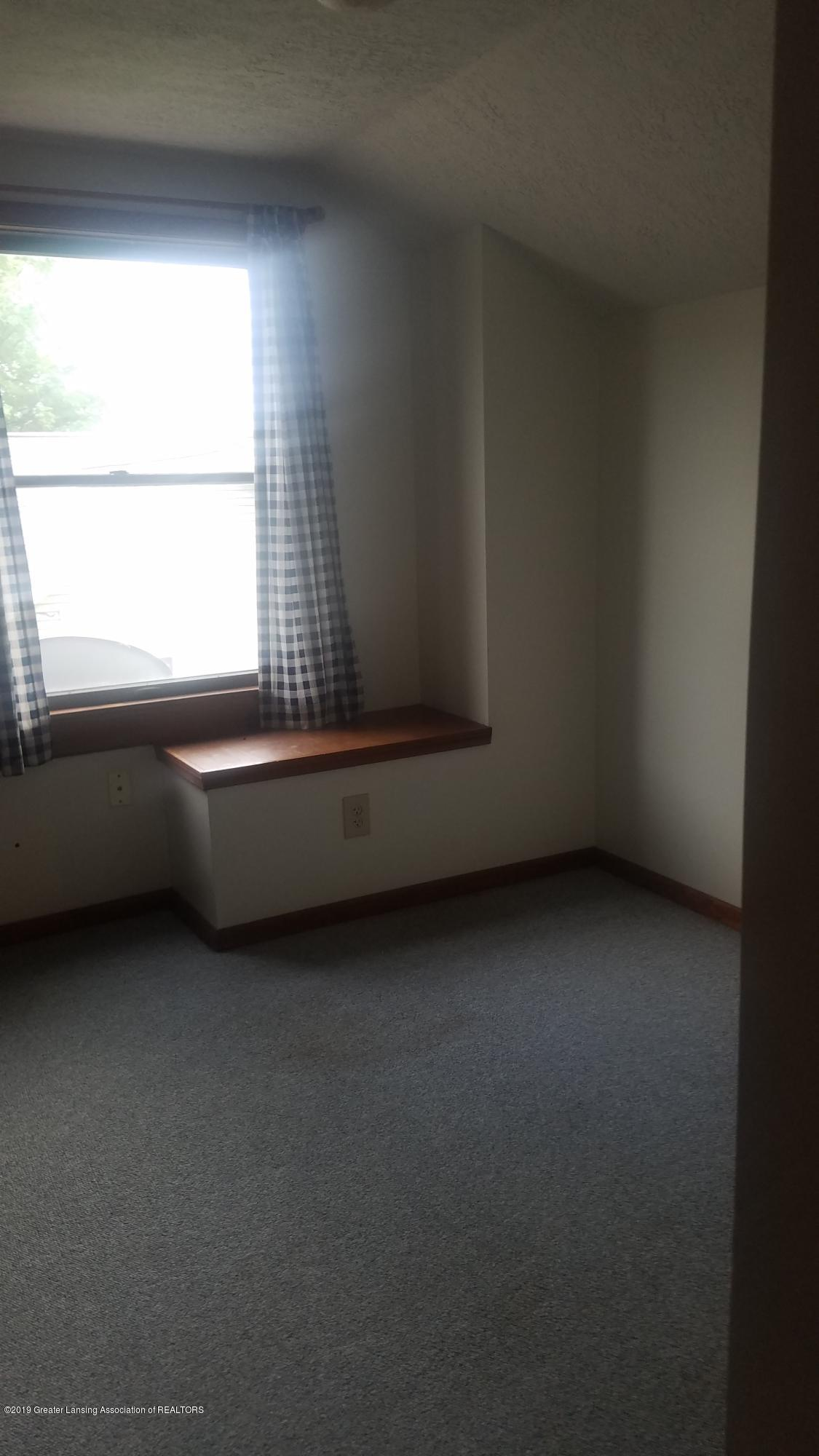 9642 Marshall Rd - BEDROOM - 20