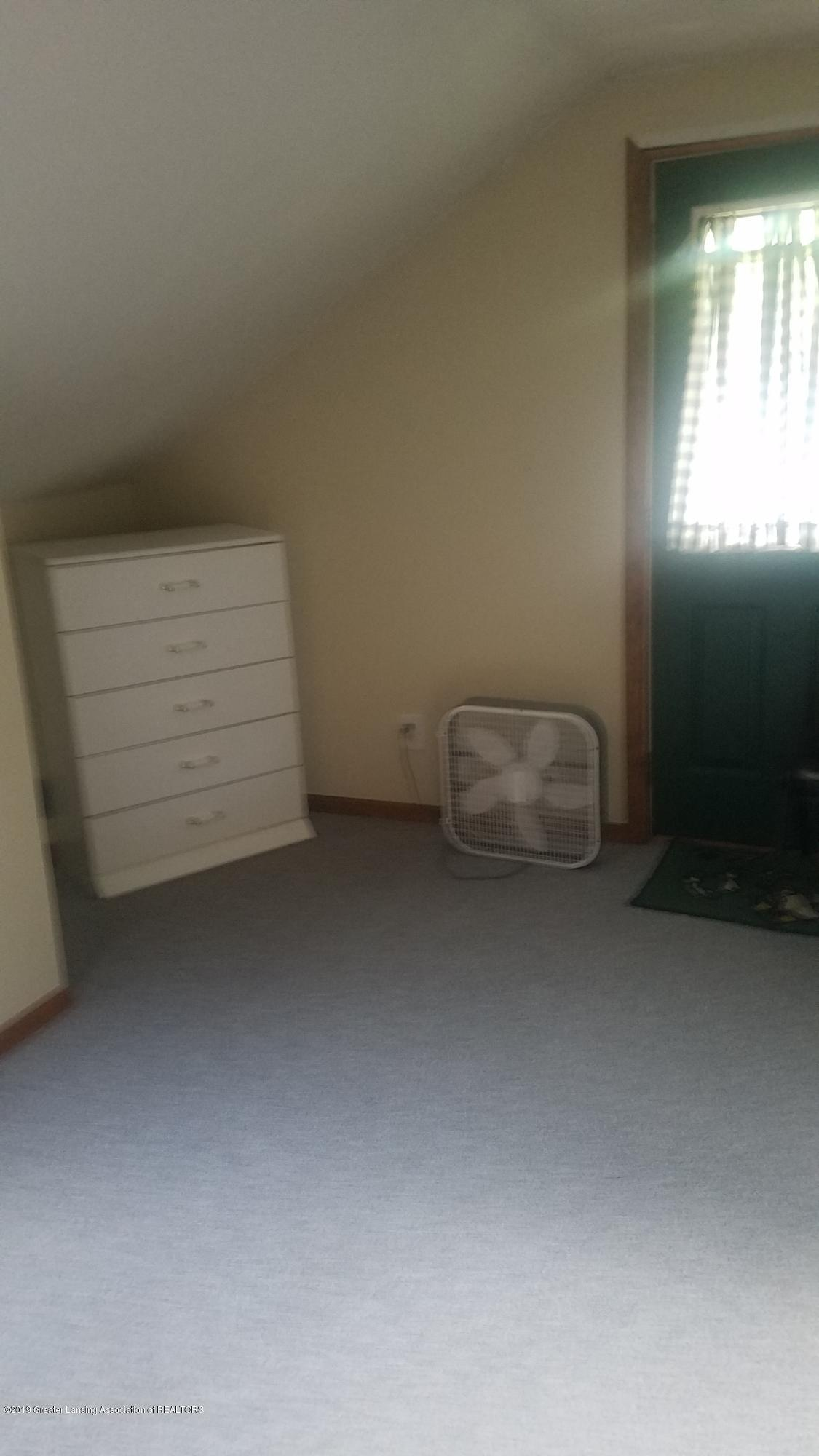 9642 Marshall Rd - BEDROOM - 21