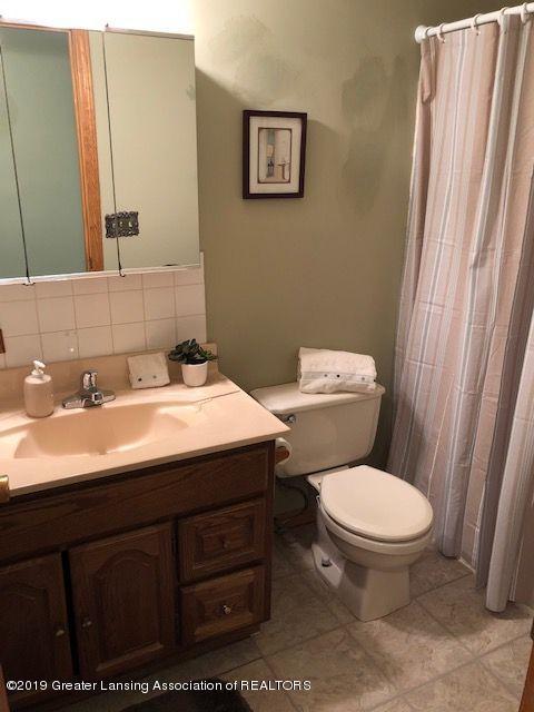 5780 Leland Rd - bath 1 - 16