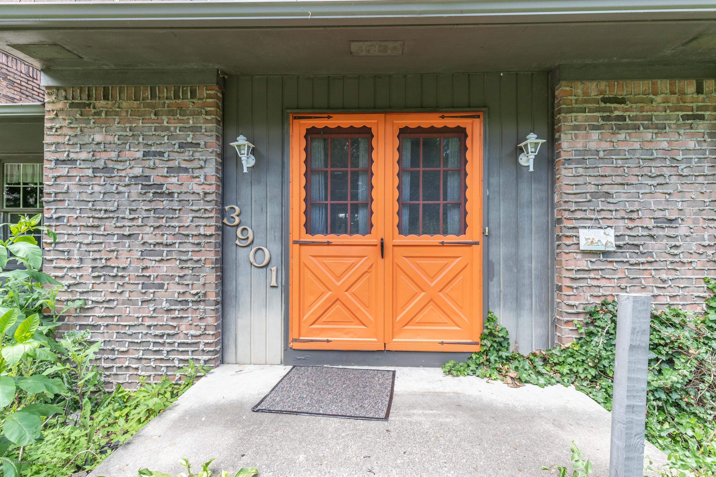 3901 Roxbury Ave - roxburyfront4 (1 of 1) - 2