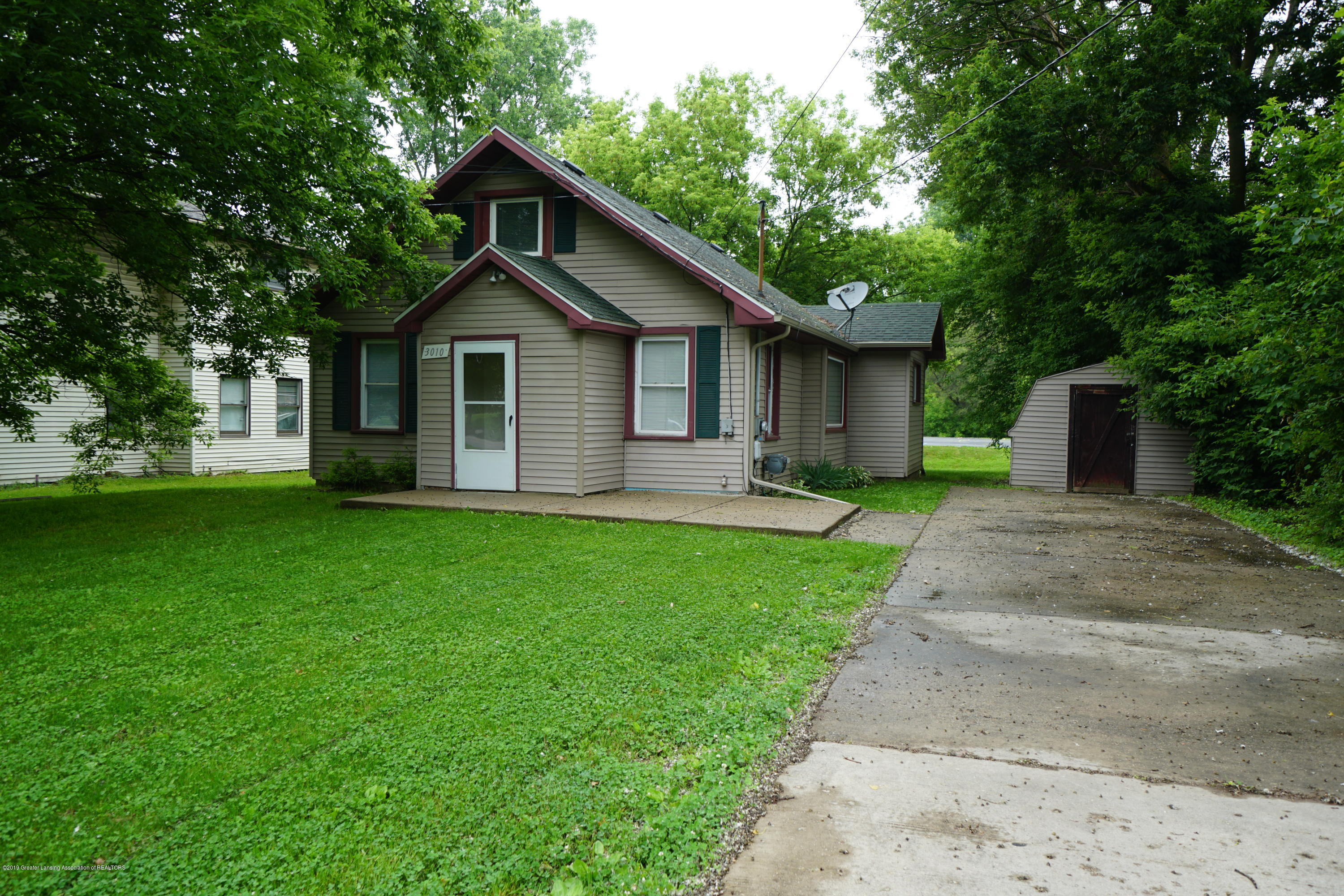 3010 W Jolly Rd - Front - 1