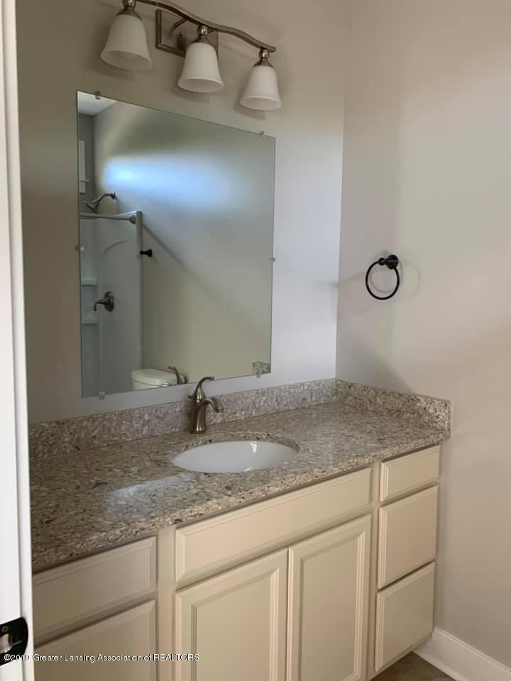 1121 Bluestem Ct - Bathroom - 16
