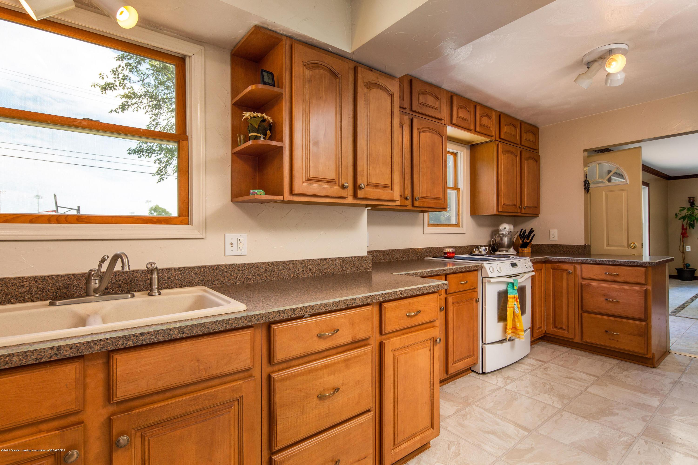 327 Chanticleer Trail - Kitchen - 10