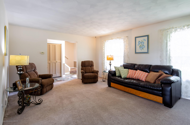 327 Chanticleer Trail - Family room - 14
