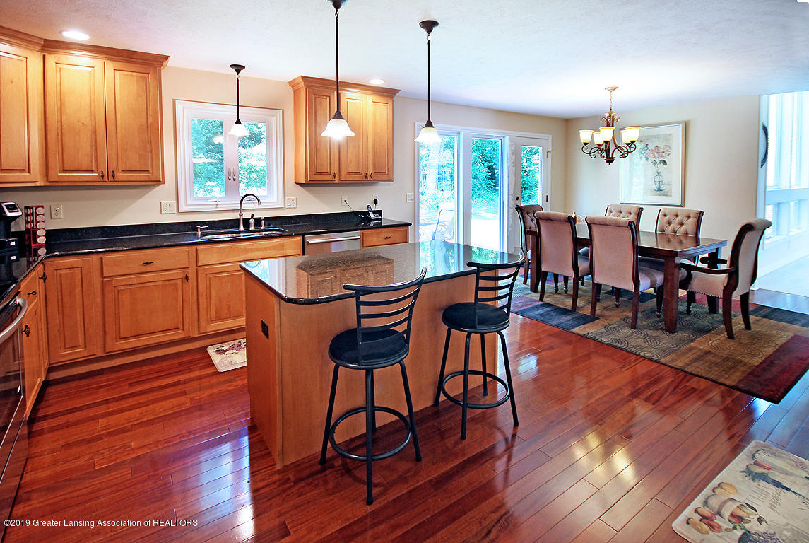 16420 Sanctuary Cir - Kitchen and Dining - 10