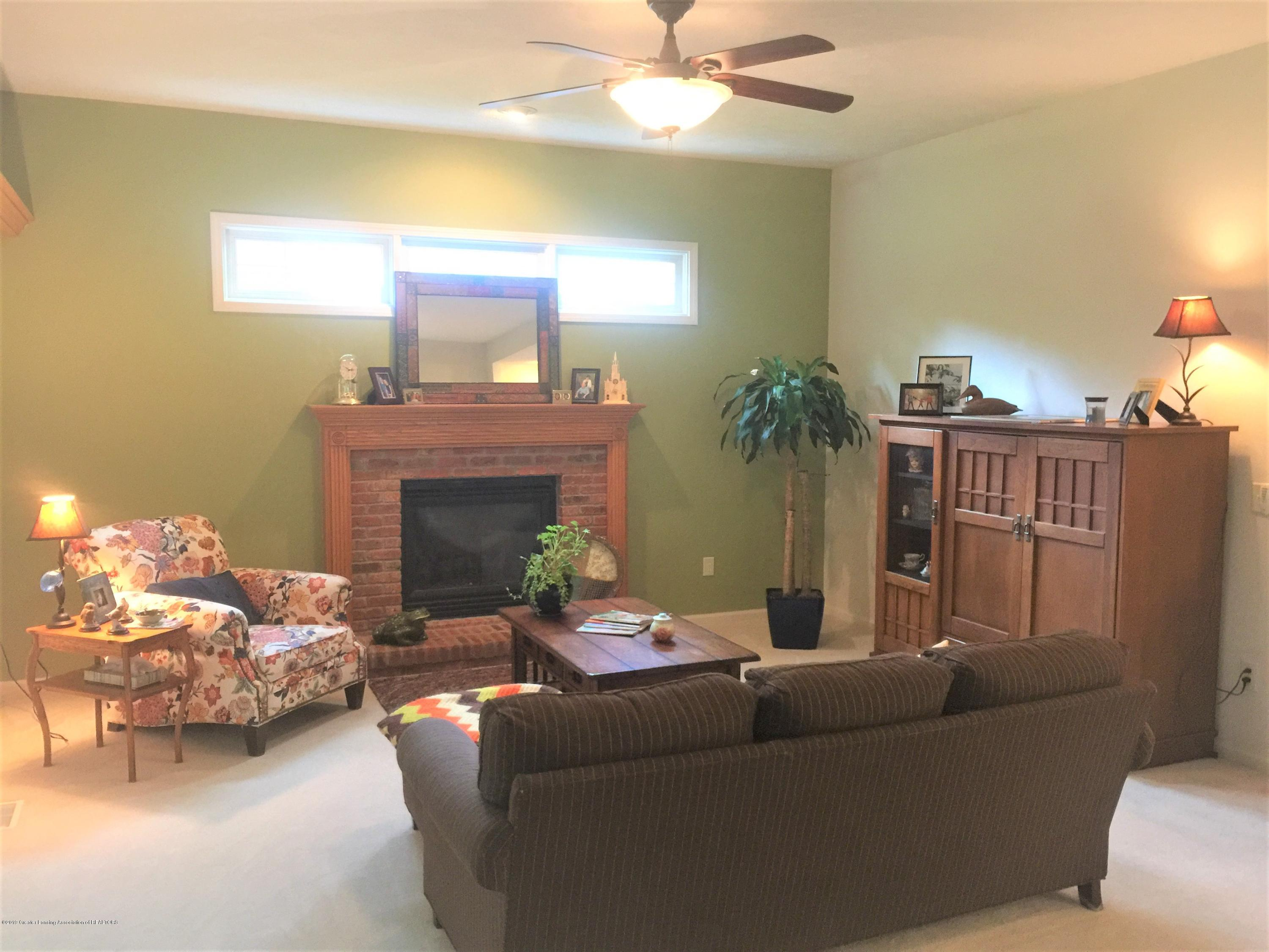 13612 Canyonwood Cl - living room 1 - 13