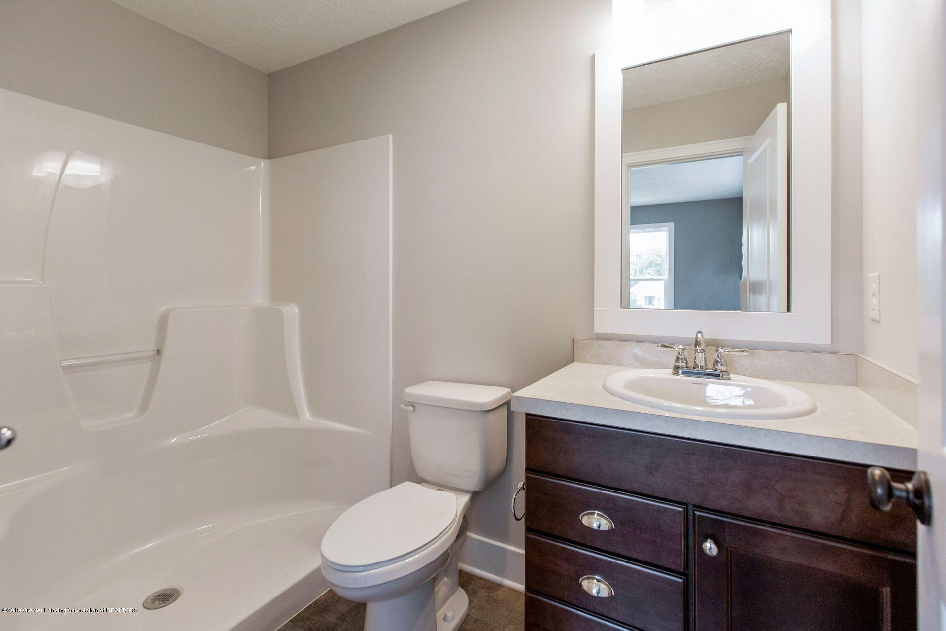3844 Fossum Ln 16 - Master Bathroom - 26