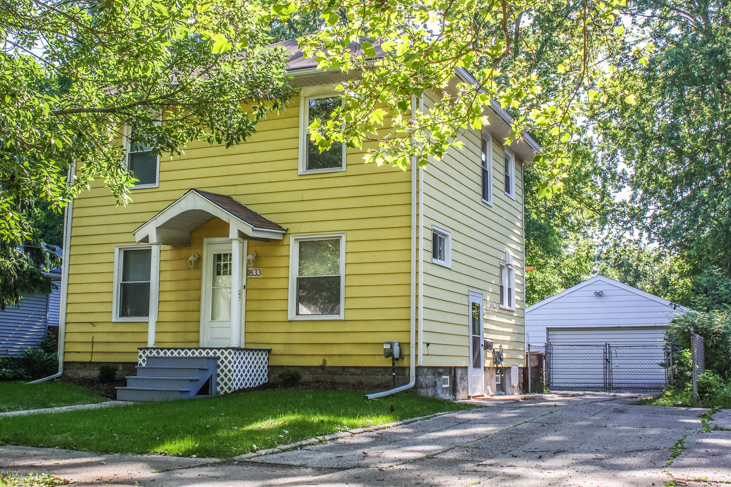 1833 Osband Ave - untitled-5990 - 1