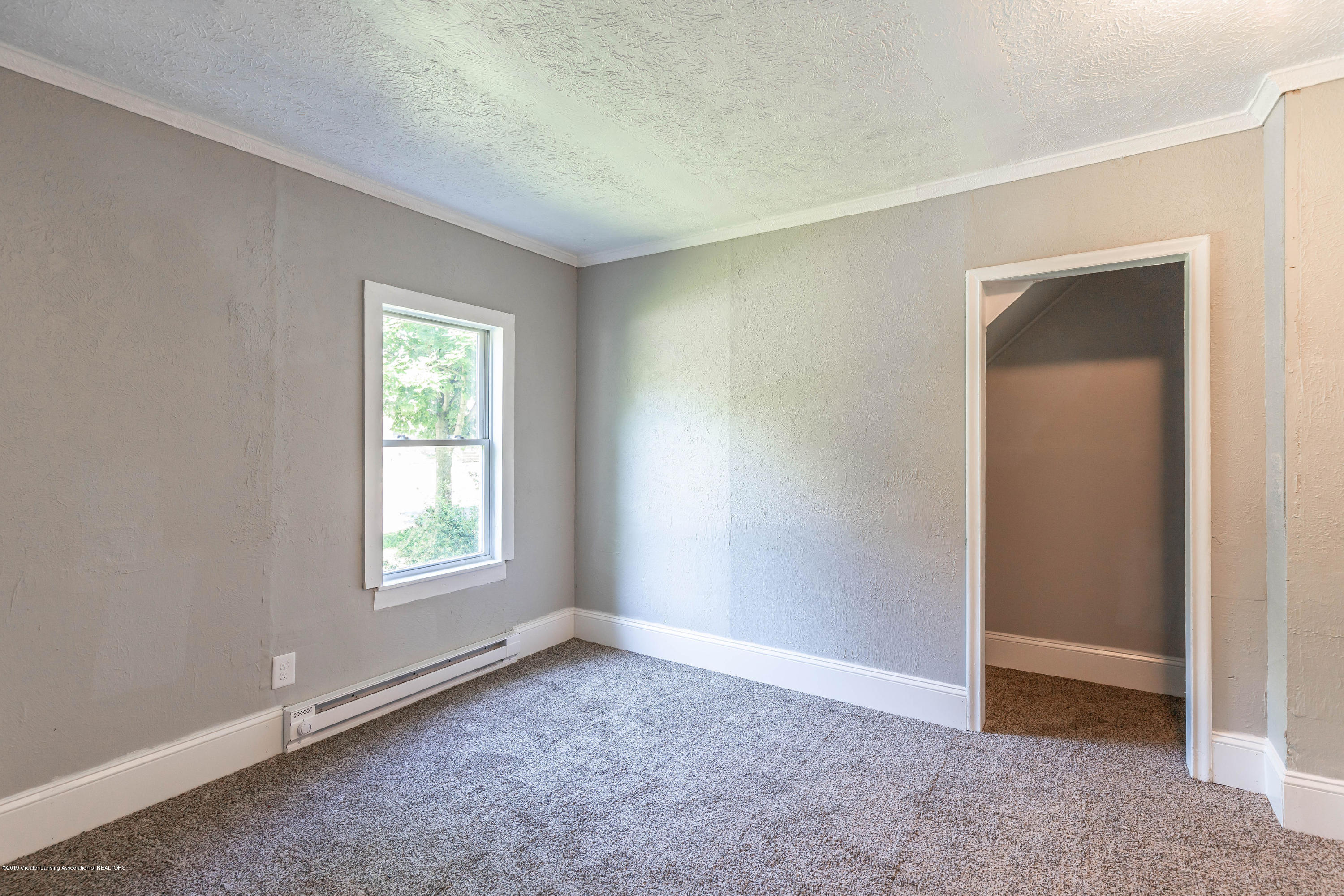5338 Starr Ave - starrbed1(1of1) - 11