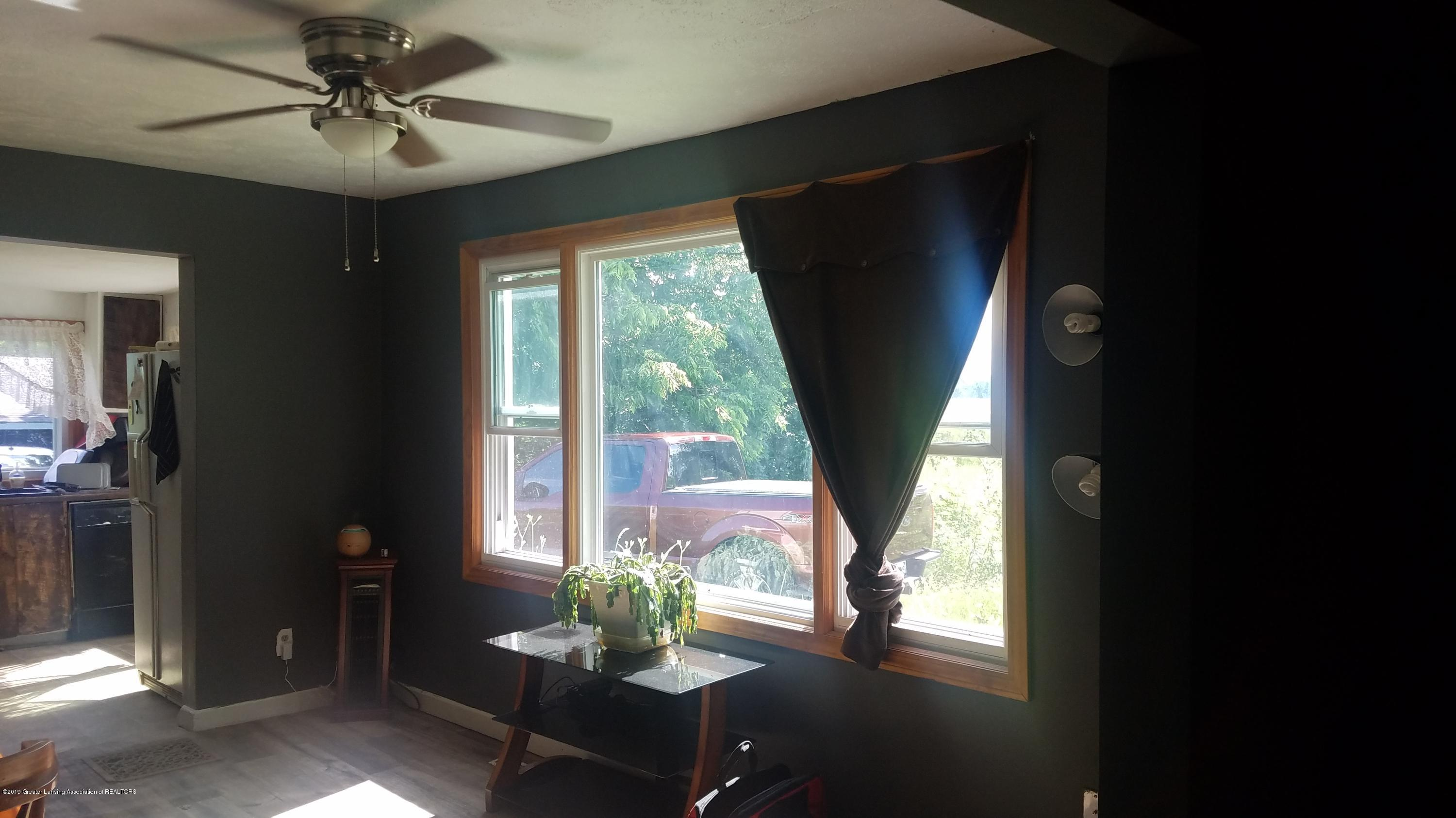 7915 W Vermontville Hwy - DINING ROOM - 8