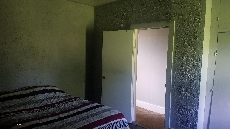 7915 W Vermontville Hwy - BEDROOM - 10
