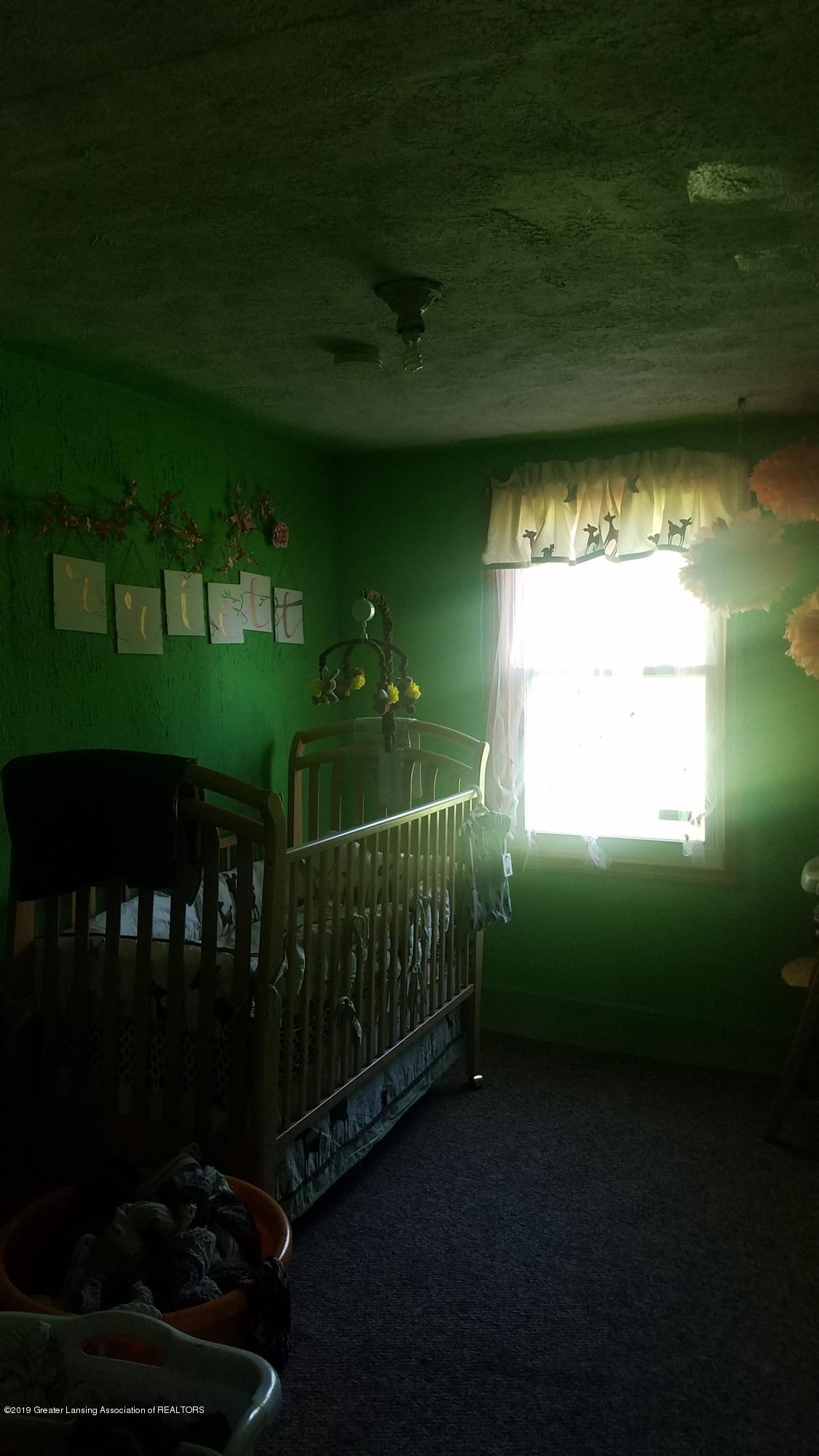 7915 W Vermontville Hwy - BEDROOM - 11