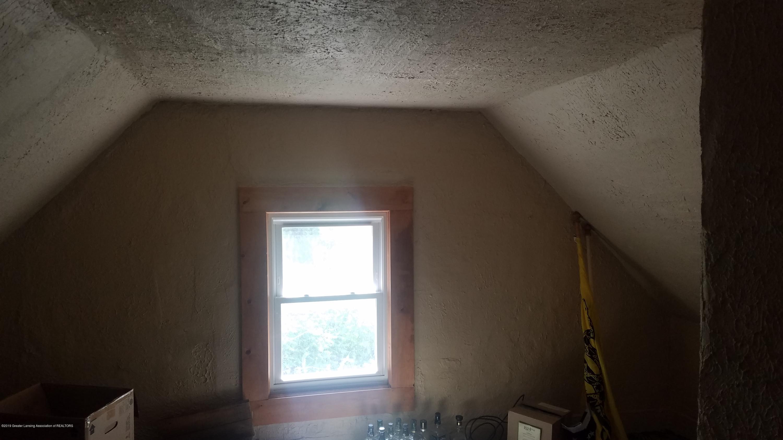 7915 W Vermontville Hwy - BEDROOM - 12