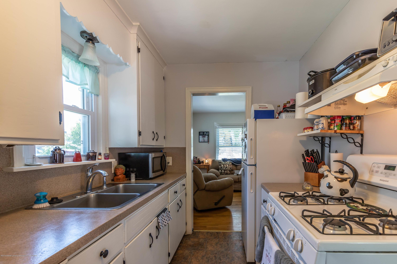 1204 George St - Kitchen - 6