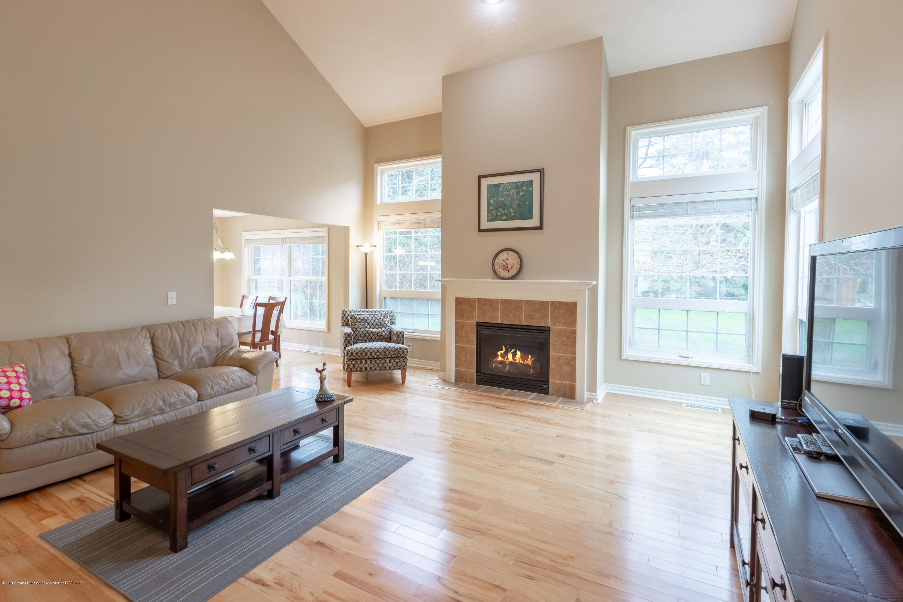 3585 W Arbutus Dr - Great Room - 9