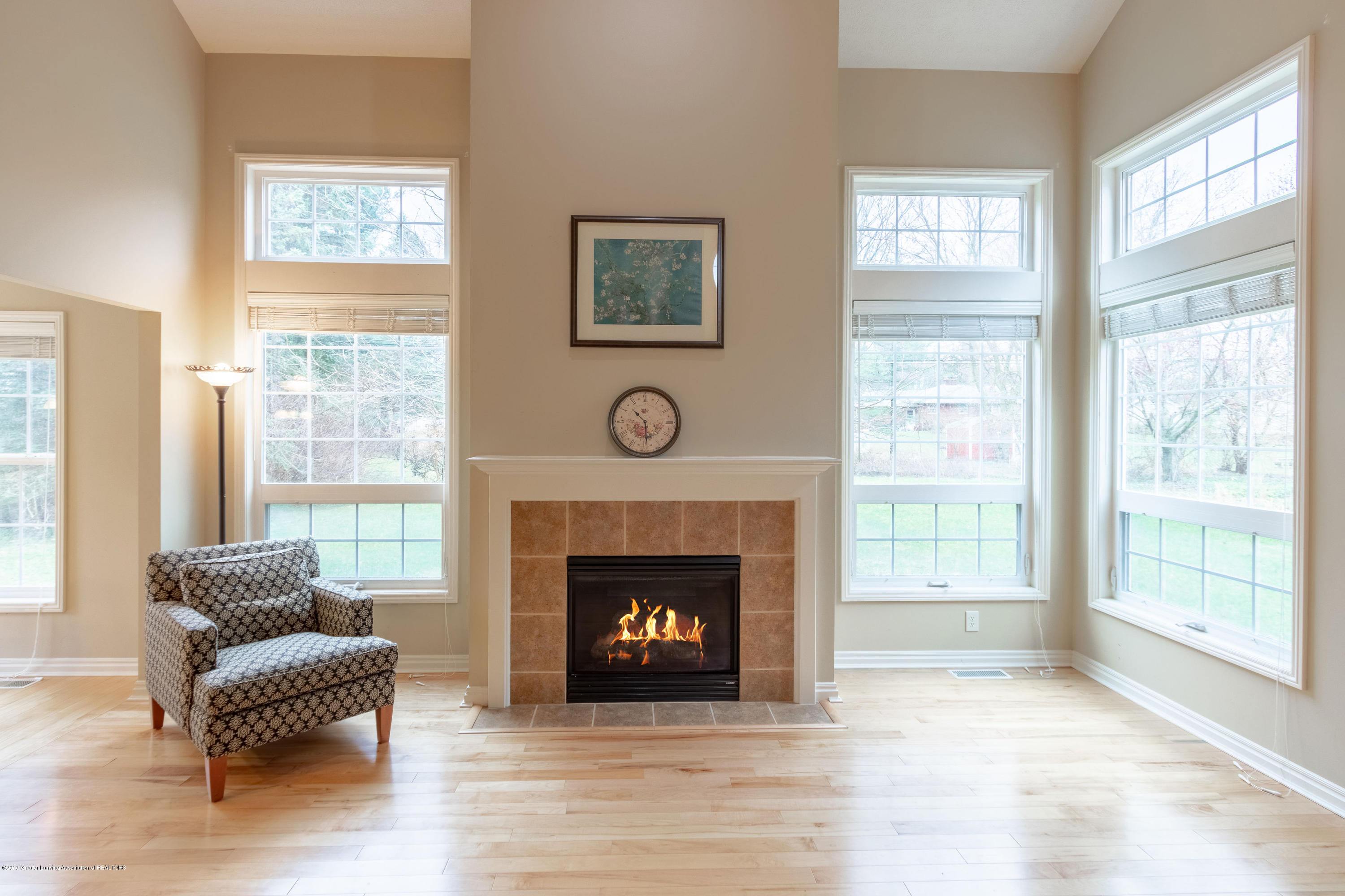 3585 W Arbutus Dr - Great Room - 10