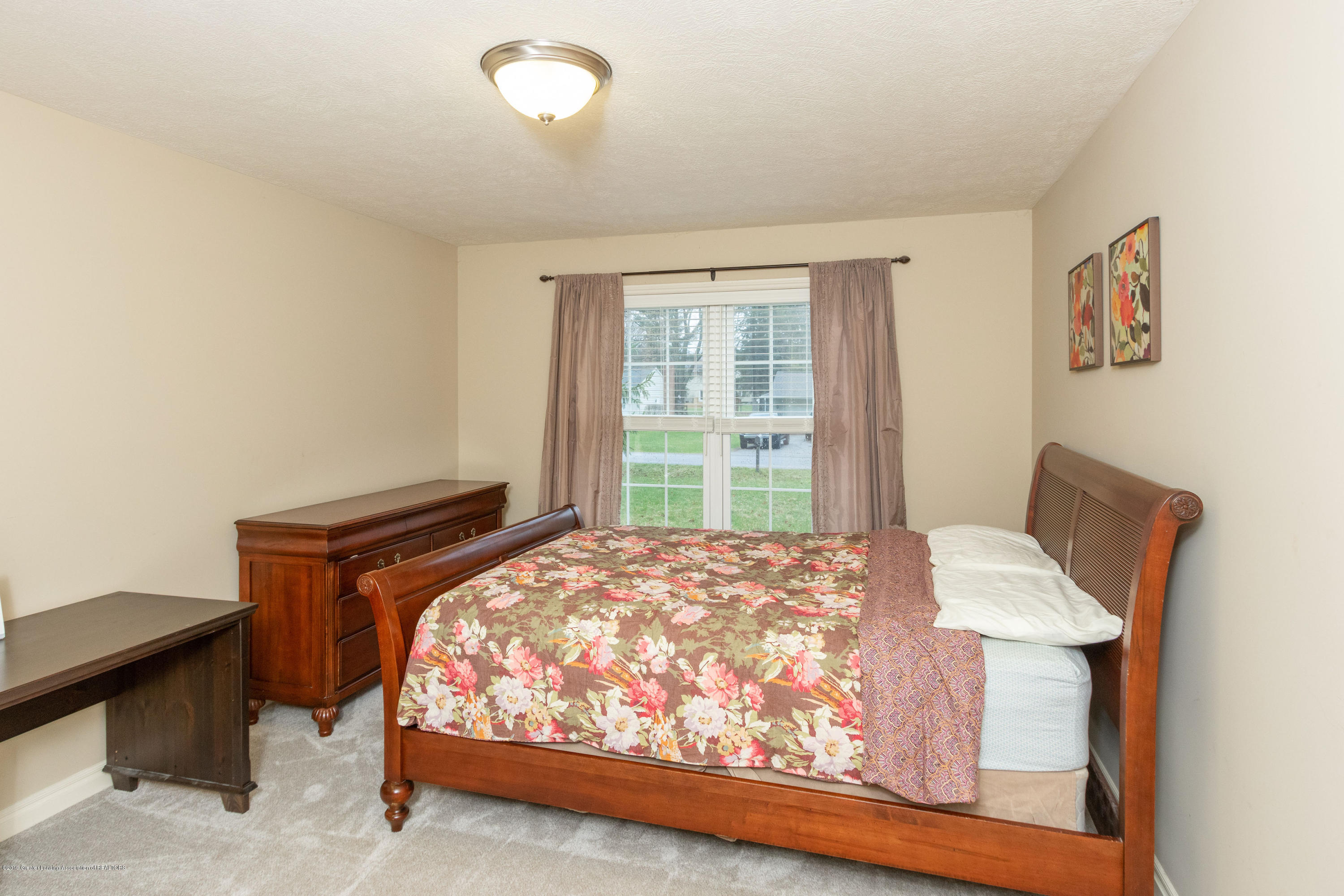 3585 W Arbutus Dr - First Floor Master Bedroom - 24