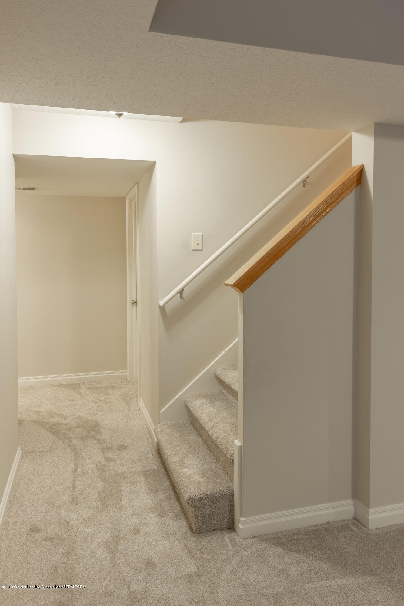 3585 W Arbutus Dr - Lower Level - 36