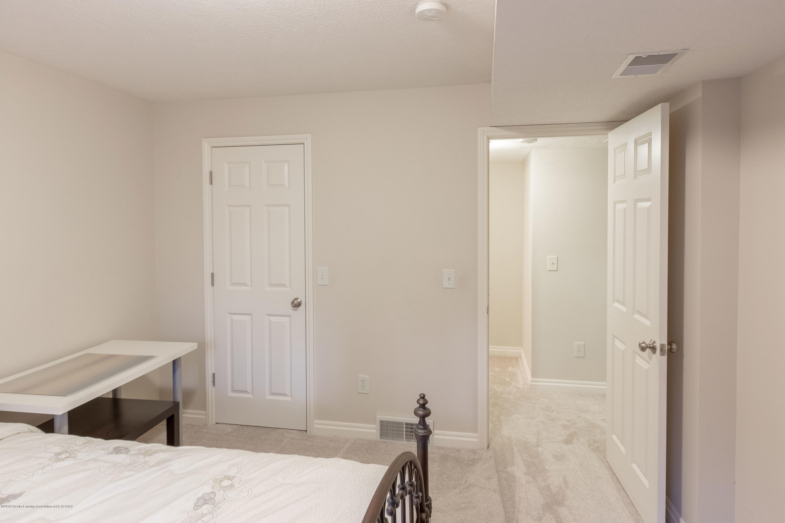 3585 W Arbutus Dr - Lower Level Bedroom - 40