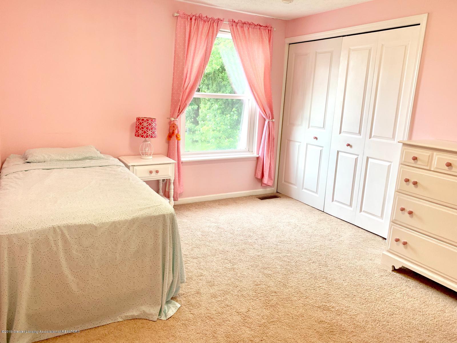 1742 Maisonette Dr - Bedroom - 9