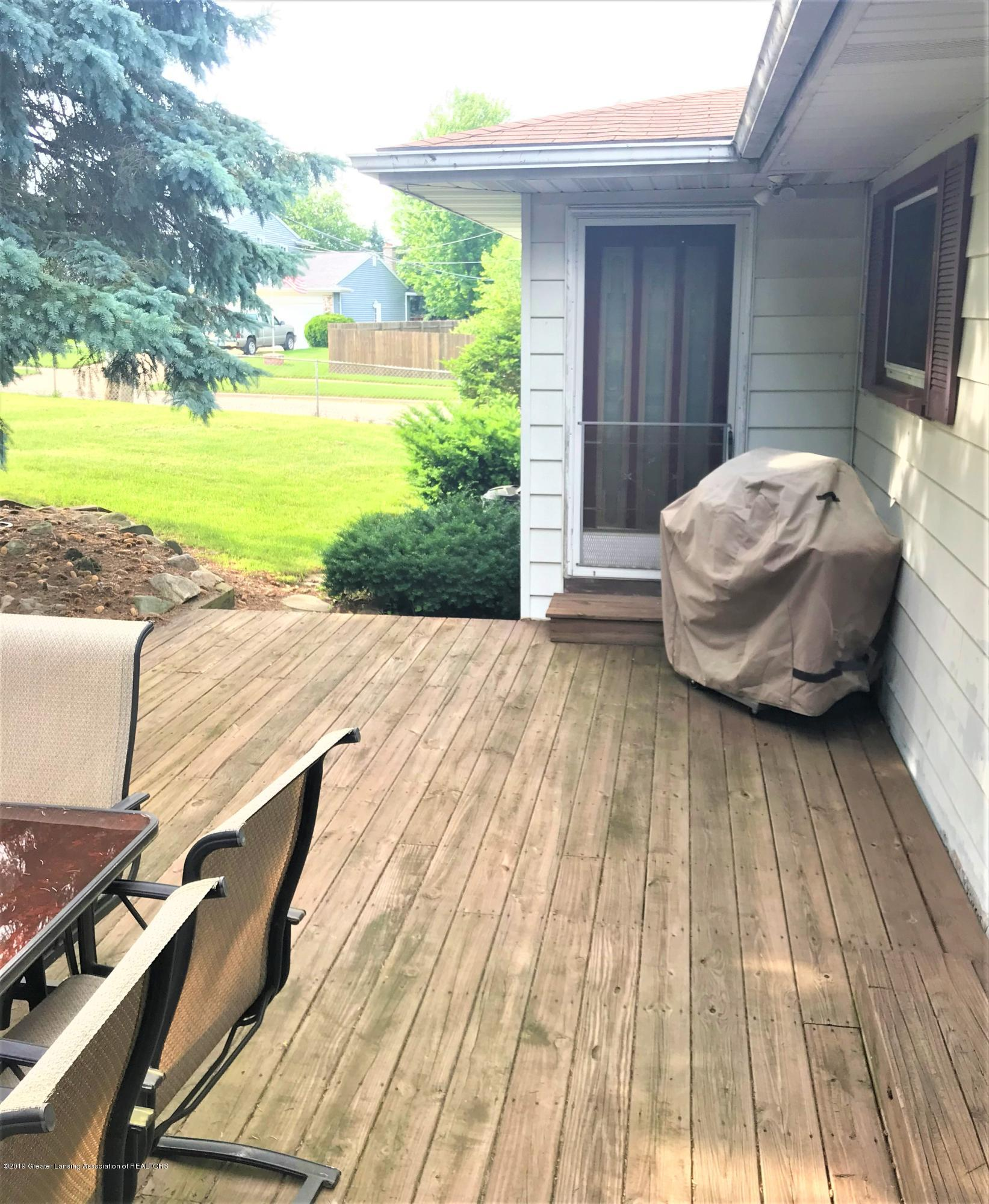 1335 Maycroft Rd - 39 Ext Deck entry - 40