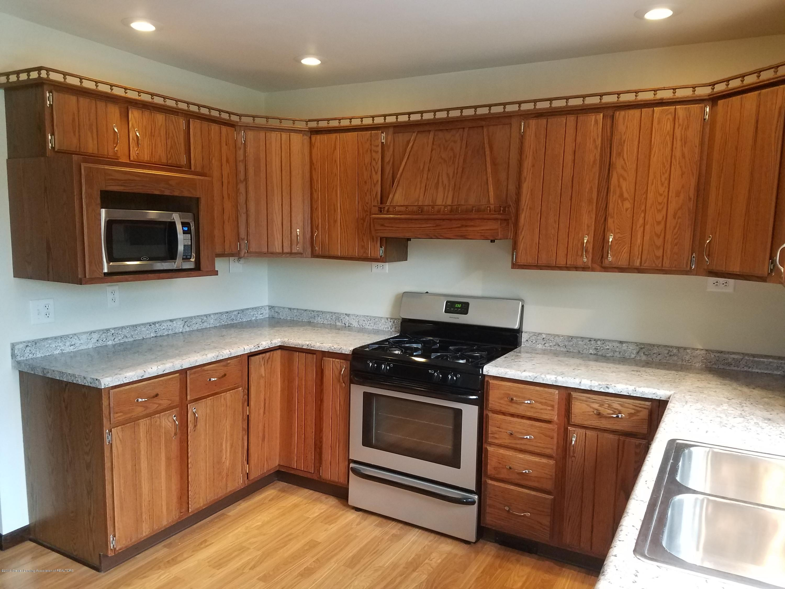 508 E Webb Dr - Kitchen - 3