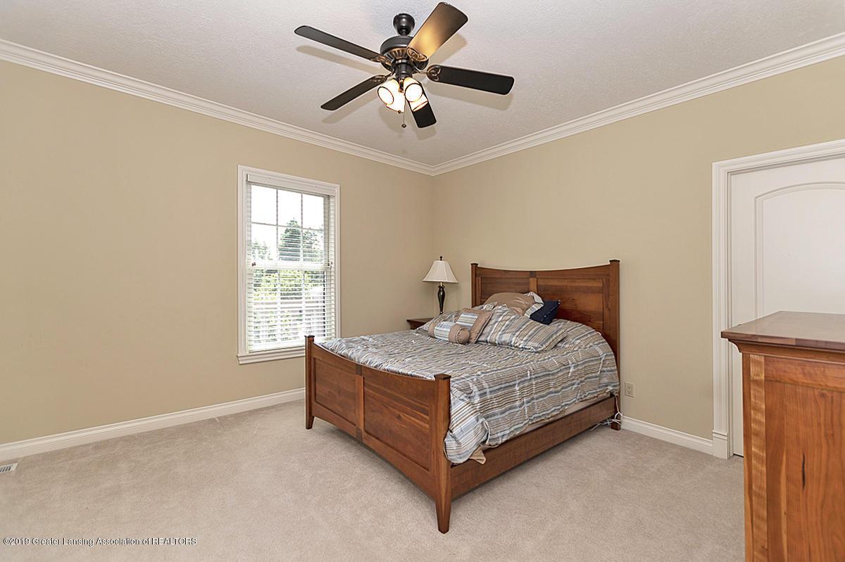 6268 Mereford Ct - 2nd floor bedroom - 44