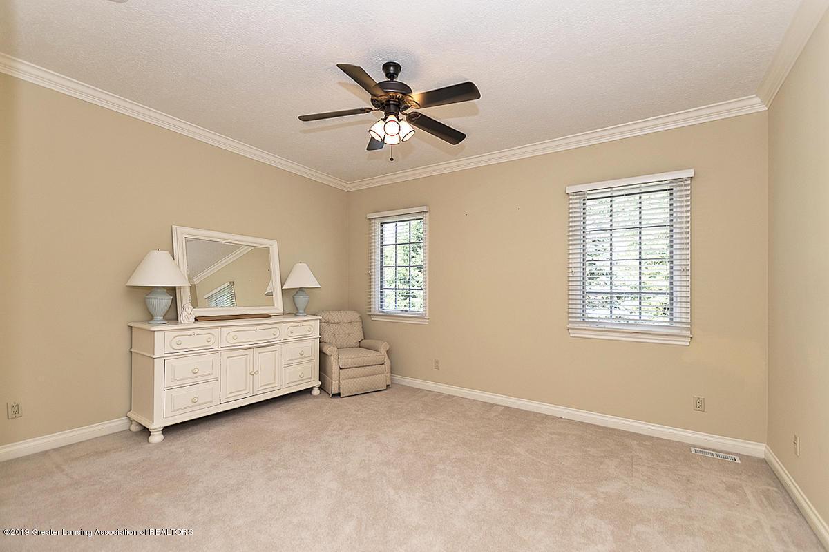 6268 Mereford Ct - 2nd floor bedroom - 55