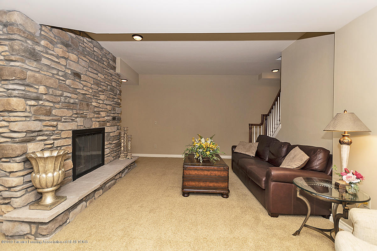 6268 Mereford Ct - Lower Level Family Room - 57