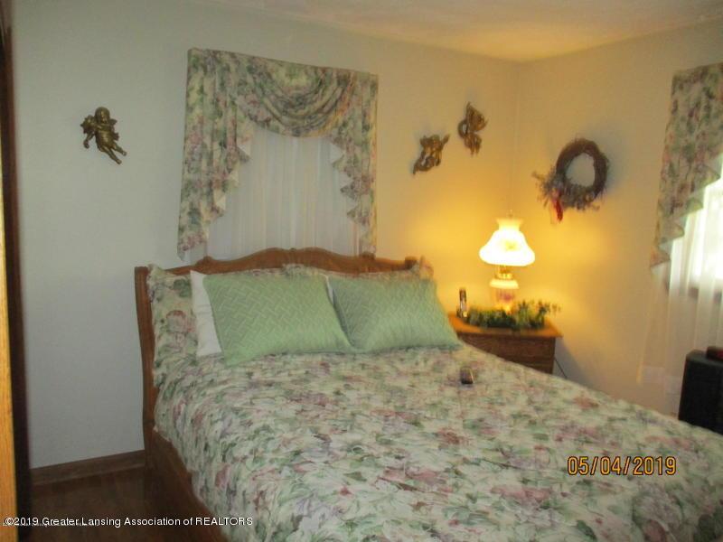 304 S Gratiot St - Bedroom - 21