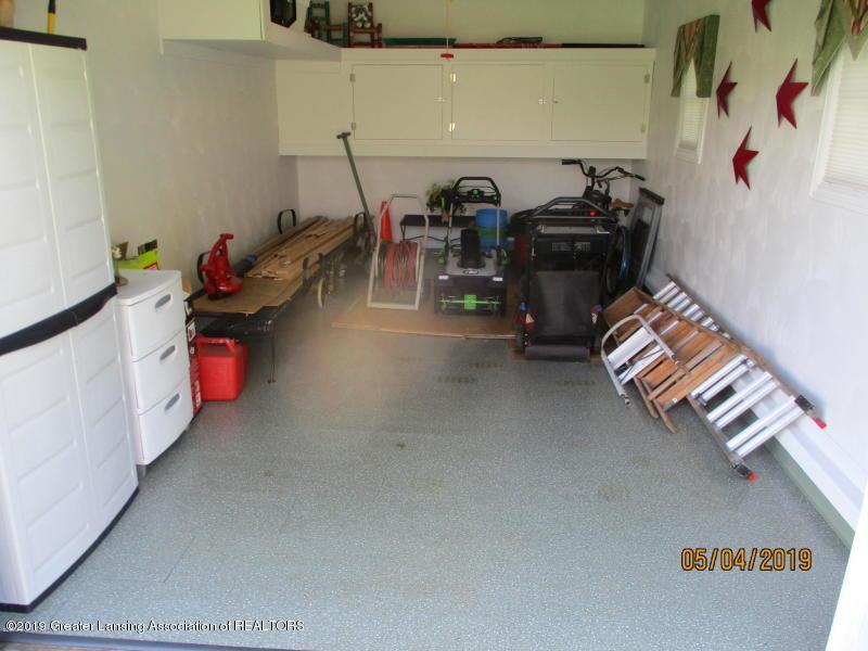 304 S Gratiot St - Garage - 40