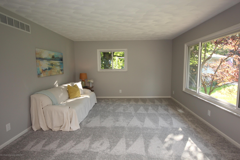 1101 Mora Cir - Living Room - 8