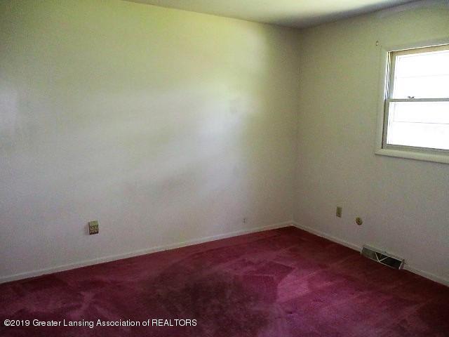 7619 Lansing Ave - IMG_8648 - 6